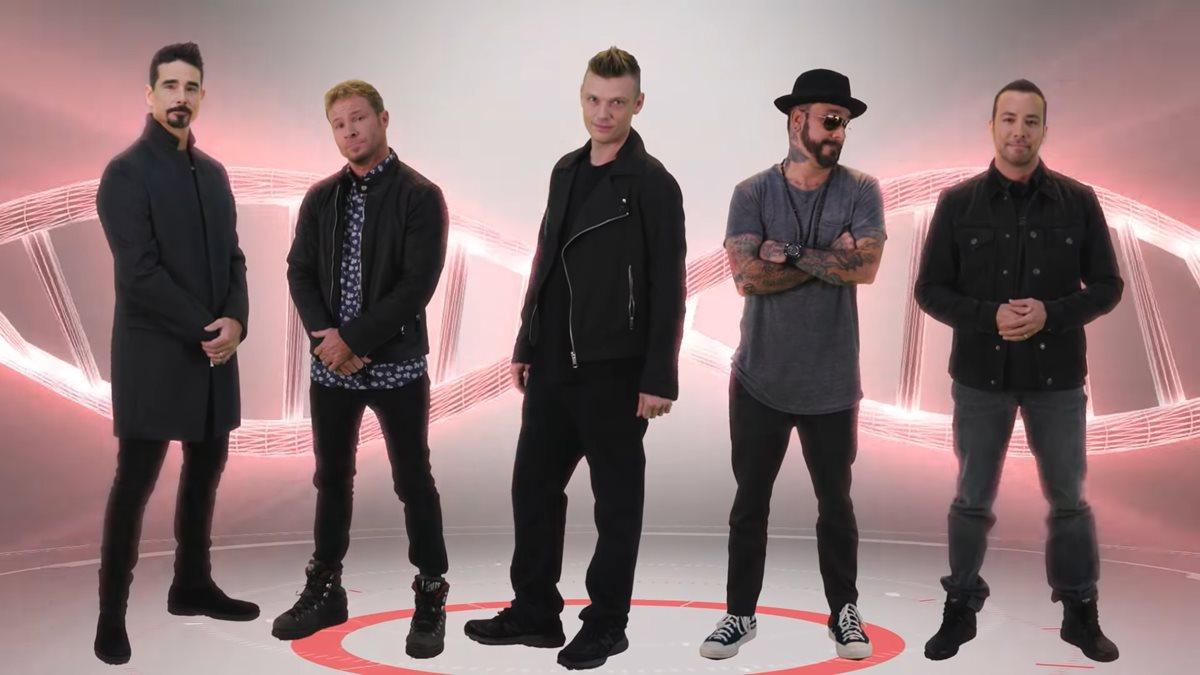 La agrupación Backstreet Boys, que dominaron la escena musical pop en la década de 1990, lanzará nuevo material discográfico y harán una gira mundial. (Foto Prensa Libre: YouTube)