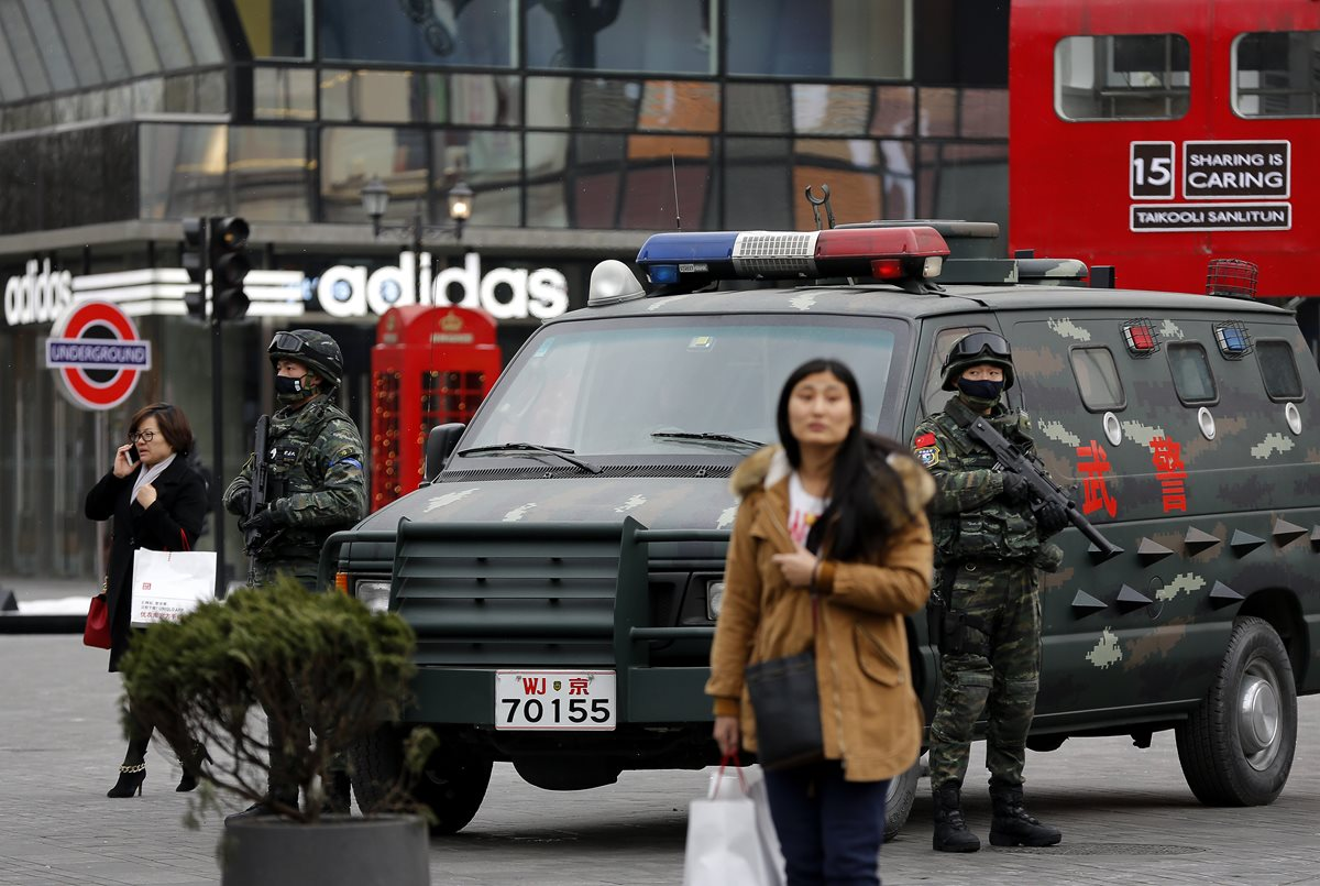 China aprueba su primera y controvertida ley antiterrorista