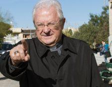 El obispo de Mallorca presentó su renuncia al Papa quien la aceptó.