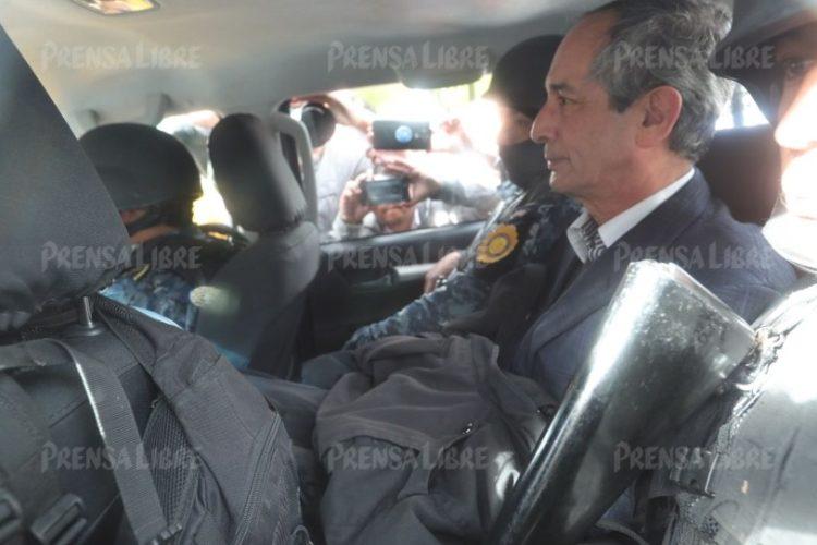 Colom indicó que durante su captura los elementos de seguridad fueron amables y que le han respetado.