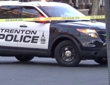 La Policía de Trenton, Nueva Jersey, investiga la balacera en un festival de arte. (Foto Prensa Libre: YouTube)