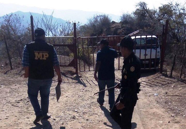 Hallan mano mutilada de una niña en un camino de terracería en Zacapa