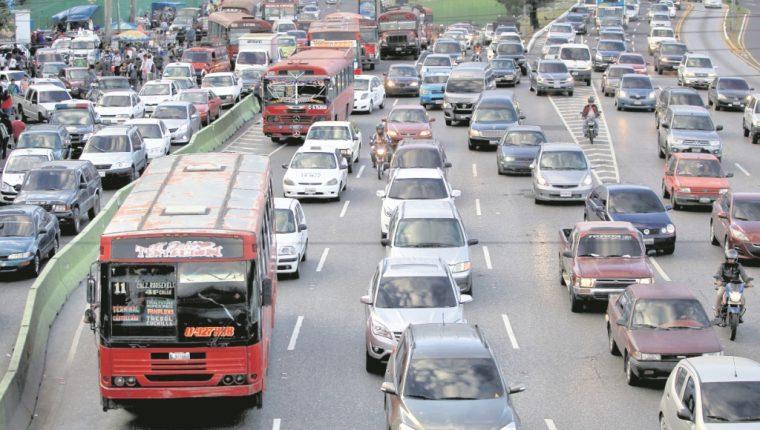 El tráfico es uno de los principales problemas causados. (Foto Prensa Libre: Hemeroteca PL)