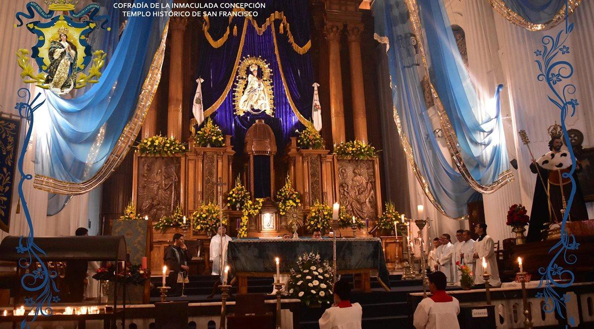 Rezado de la Inmaculada Concepción recorre Centro Histórico