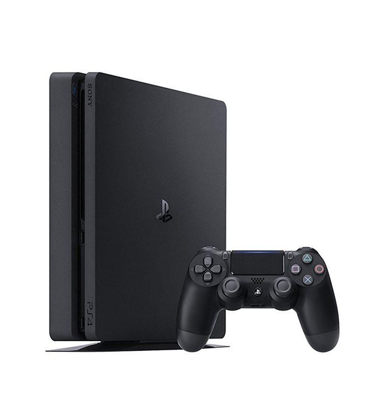 Si bien hay una versión actualizada, el PlayStation 4 Slim es una de los favoritos para los gamers (Foto Prensa Libre: Sony).