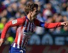 El francés Griezmann está en la recta final en la lucha del Balón de Oro. (Foto Prensa Libre: AFP)