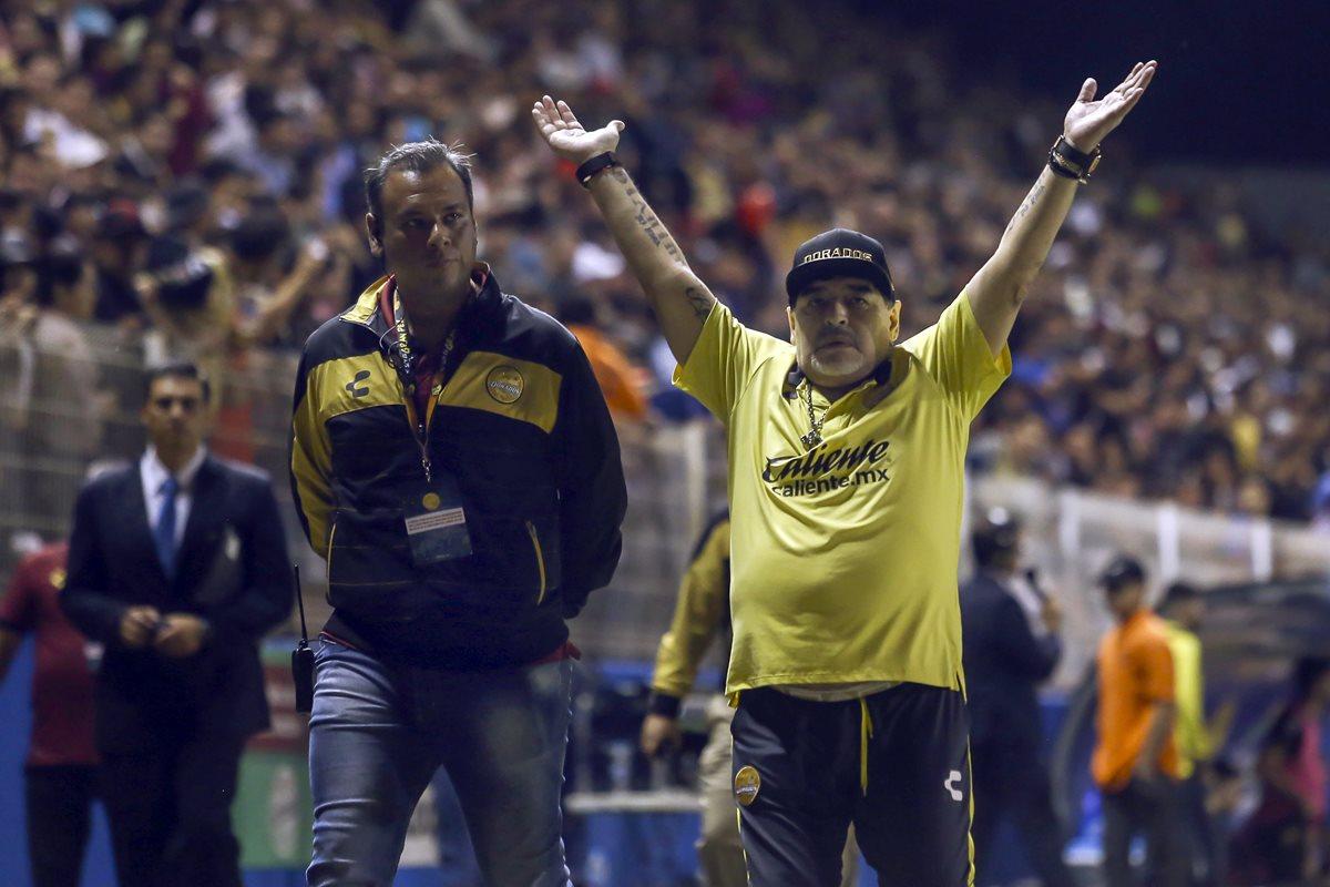 Diego Armando Maradona volvió a estar en medio de la polémica. (Foto Prensa Libre: AFP)
