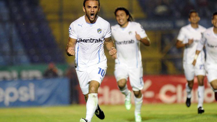 José Contreras y Agustín Herrera fueron los pilares para conseguir el hexacampeonato en el Clausura 2015. (Foto Prensa Libre: Hemeroteca PL)