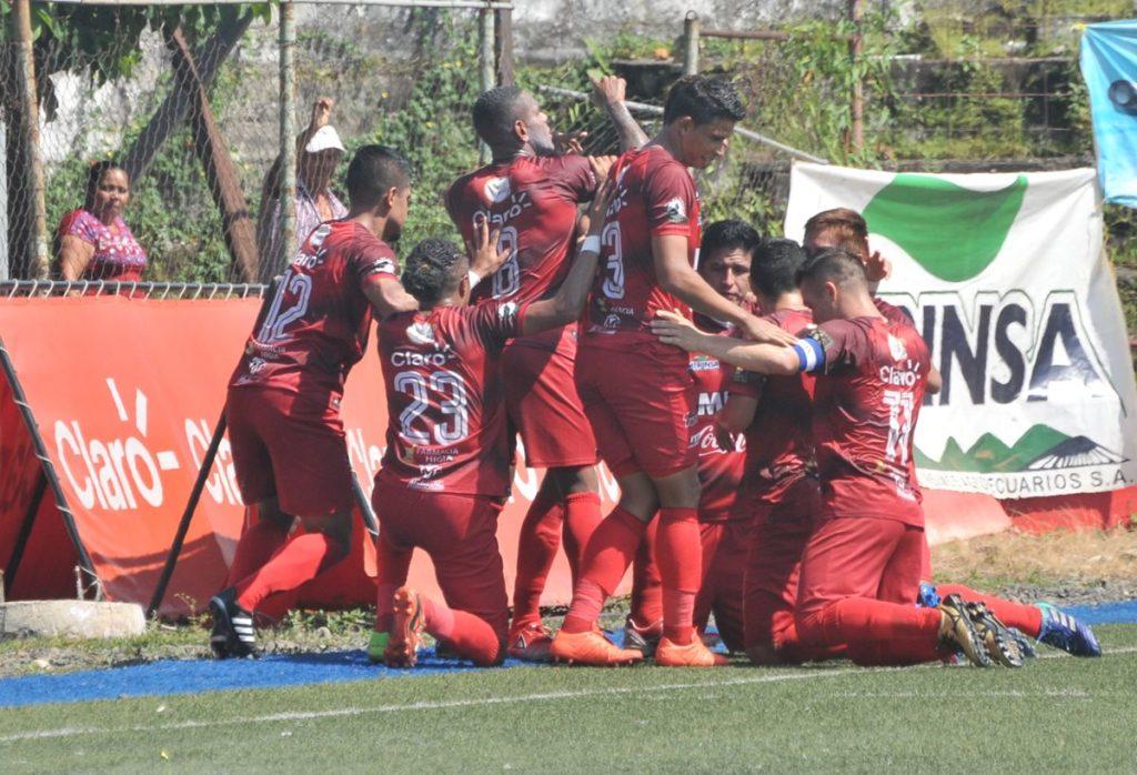 Malacateco goleó 3-0 a Antigua GFC y terminó en cuarto lugar de la clasificación.