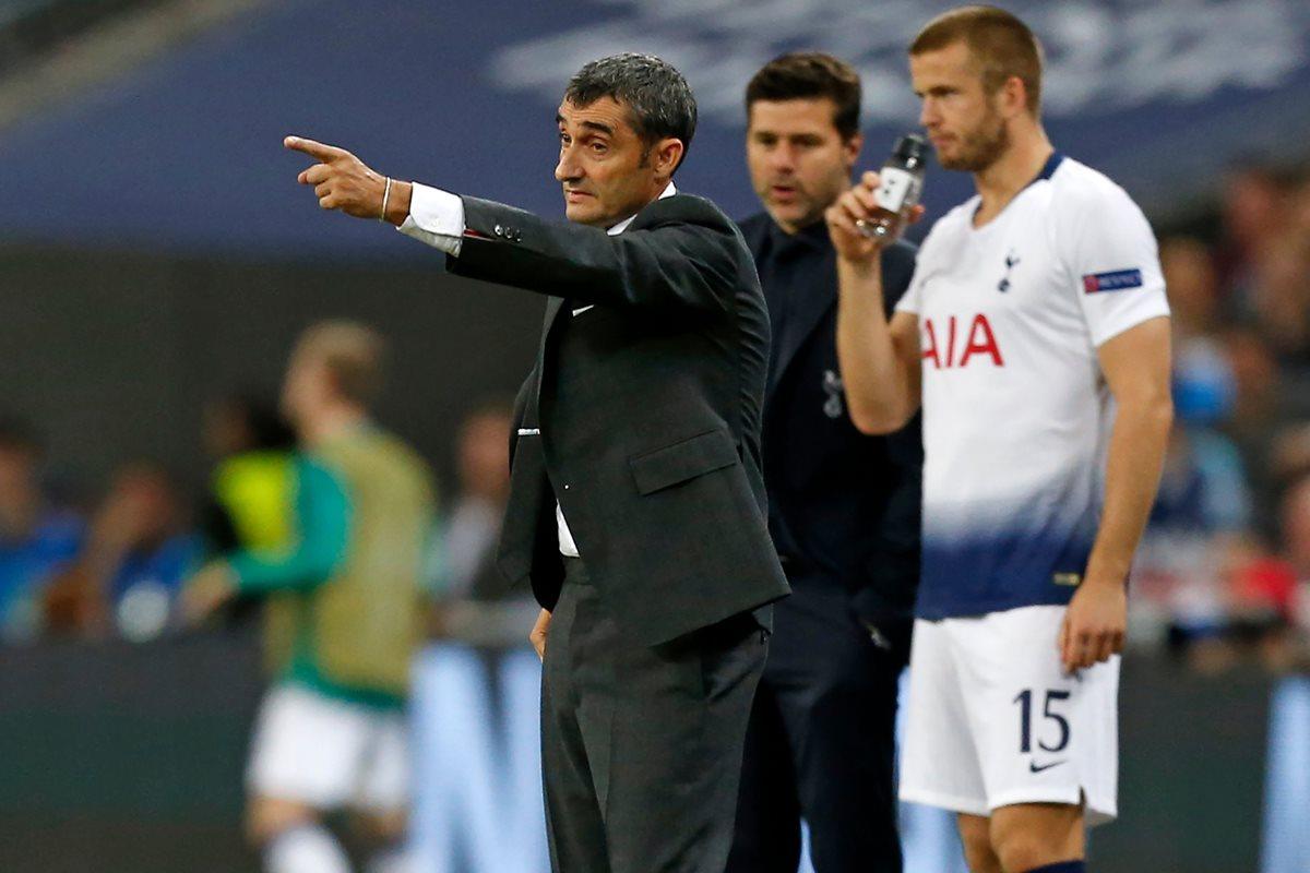 Ernesto Valverde da instrucciones en el duelo contra el Tottenhman. (Foto Prensa Libre: AFP).