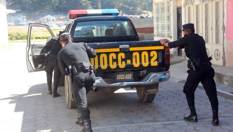 Según el último conteo, hay mil 700 patrullas descompuestas. (Foto Prensa Libre: Hemeroteca PL)