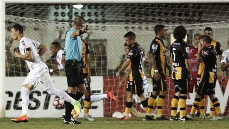 El Video arbitraje llegará a la Copa Libertadores en los cuartos de final. (Foto Prensa Libre: Tomada de internet)
