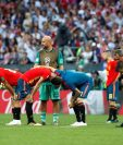 Los jugadores de España muestran su tristeza. (Foto Prensa Libre: EFE)