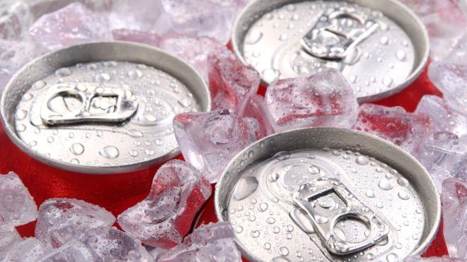 ¿Cómo enfriar una lata sin hielo o sin nevera? GETTY IMAGES