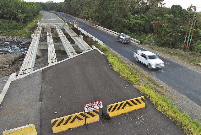 La constructora Odebrecht dejó pendientes de construir 97 kilómetros de carretera de la ruta CA-2 Occidente.