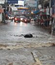 Calles de Mazatenango, Suchitepéquez, quedaron anegadas el jueves último. (Foto Prensa Libre: Melvin J. Popá)