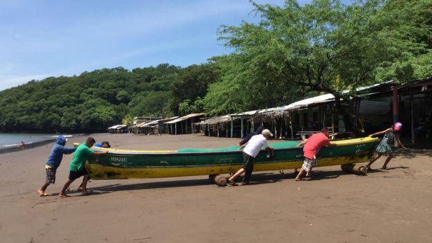 Los pescadores de Amapala creen que el regreso del puerto es una promesa electoral más, de esas que no suelen ser cumplidas.