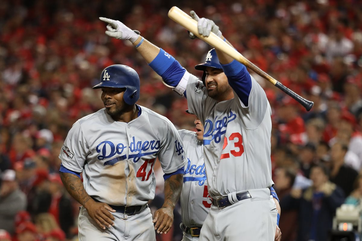 Dodgers resucitan y ganan la serie en la Nacional