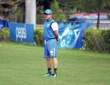 Juan Manuel Funes fue separado como técnico de la Sub17 al no cumplir con ganar uno de los boletos para asistir al Mundial Sub17 en Chile. (Foto Prensa Libre: Hemeroteca PL)