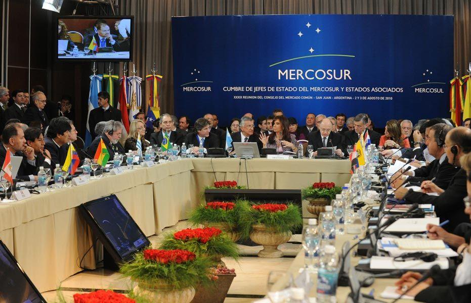 Mercosur lejos aún de la libre circulación de bienes y personas
