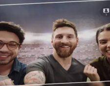 La aplicación que te permite tomarte una selfie con Messi se ha hecho viral en las redes sociales. (Foto Prensa Libre: App Selfie con Messi)