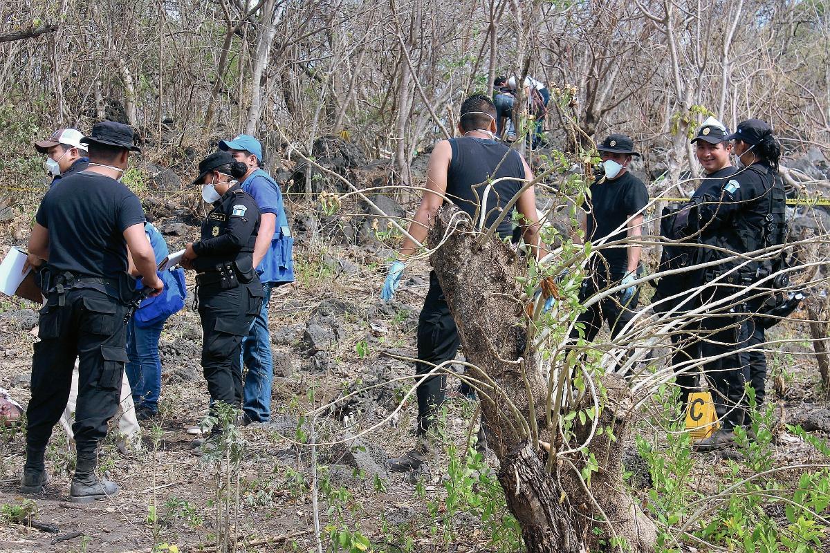 Hallan cadáveres baleados de dos hombres en Quesada