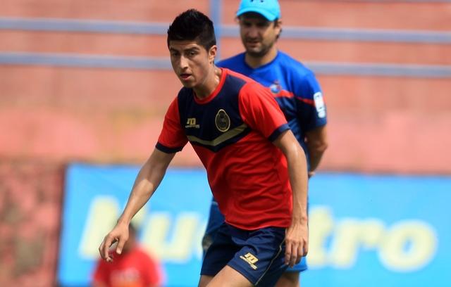 Frank de León es opción para Gustavo Machaín para jugar el miércoles contra Guastatoya. (Foto Prensa Libre: Carlos Vicente).