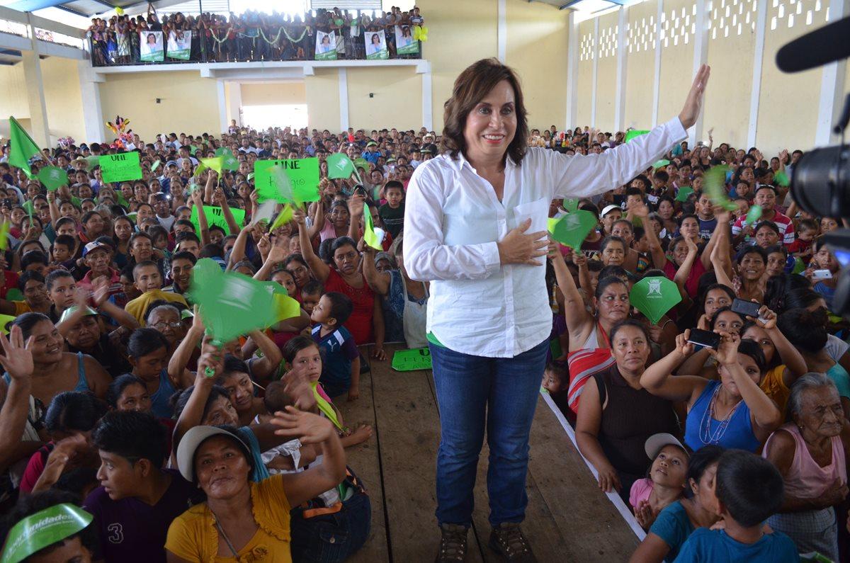 Sandra Torres, presidenciable de UNE, durante una actividad proselitista. (Foto Prensa Libre: Hemeroteca PL)
