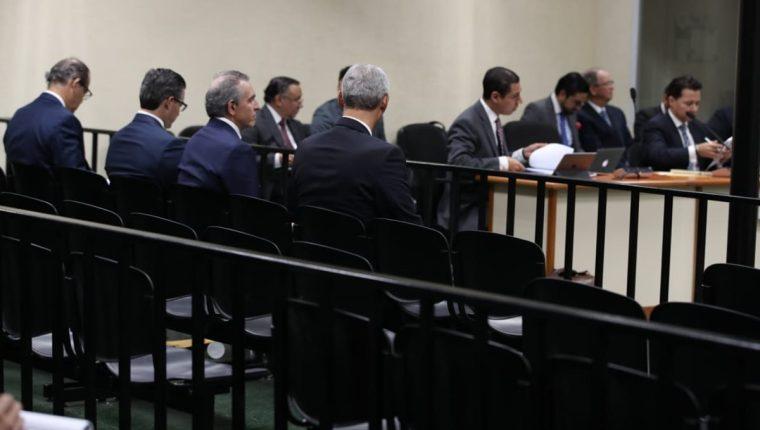 Empresarios asisten a audiencia de primera declaración por caso de Financiamiento Electoral Ilícito al partido FCN Nación. (Foto Prensa Libre: Paulo Raquec)