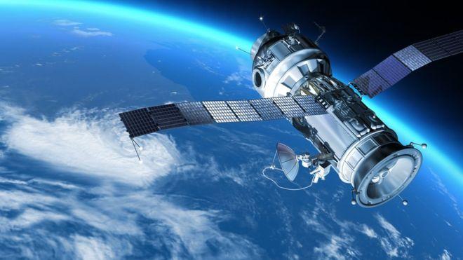 ¿Sabes cuántos satélites giran alrededor de la Tierra? GETTY IMAGES