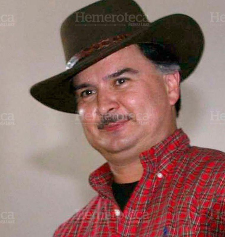 El presidente Alfonso Portillo, con sombrero, durante una actividad en 2003. (Foto: Hemeroteca PL)