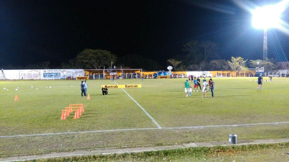 El estadio La Asunción es la sede del partido entre Mictlán y Municipal en el oriente del país. (Foto Prensa Libre: Francisco Sánchez)