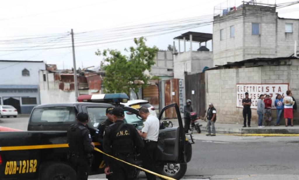 Elder Alvarado Castillo fue atacado a balazos cuando salía de su trabajo. (Foto Prensa Libre: Óscar Rivas)