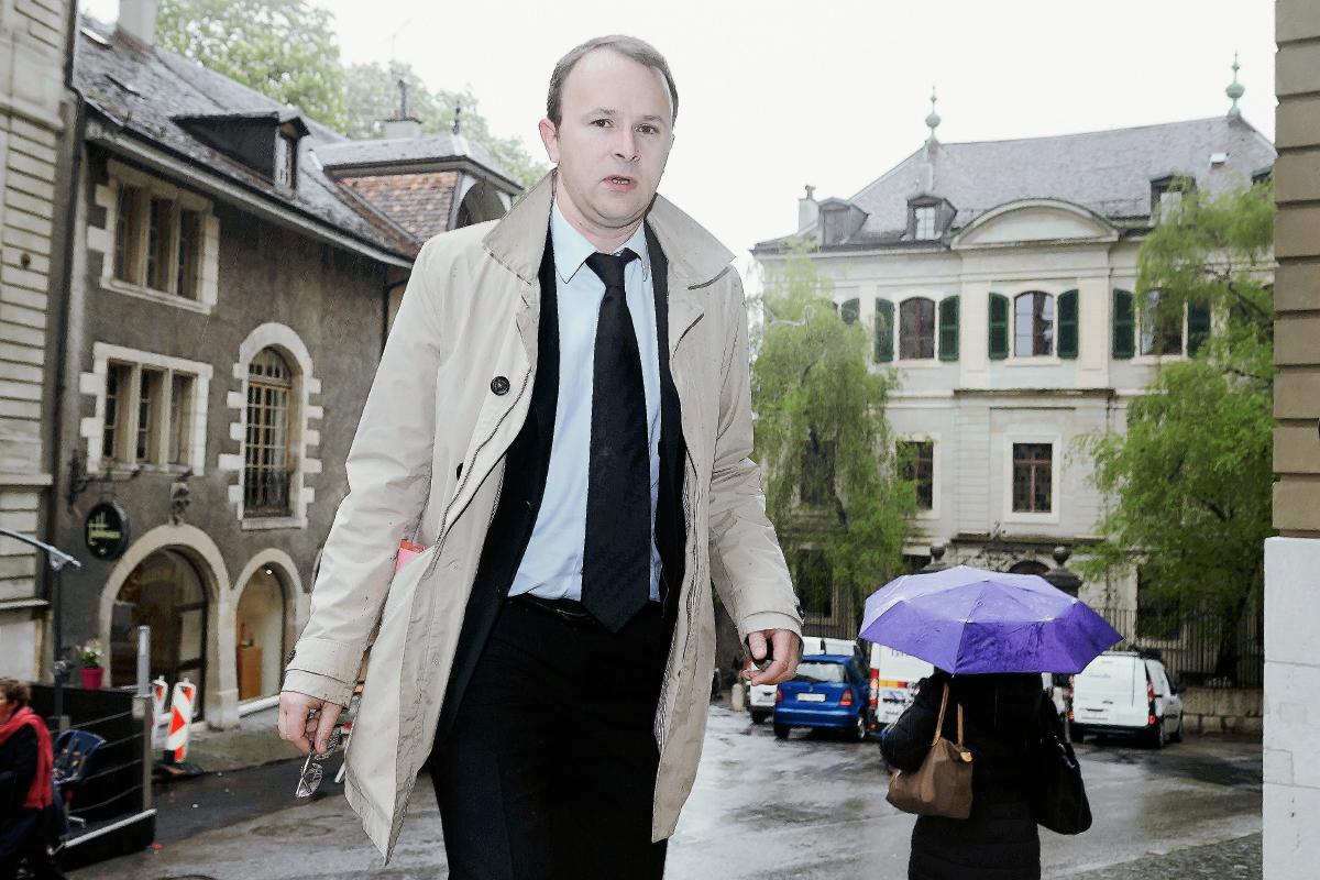 El Fiscal Yves Bertossa, pidió prisión de por vida contra Erwin Sperisen por la muerte de 20 presos. (Foto Prensa Libre: AFP).