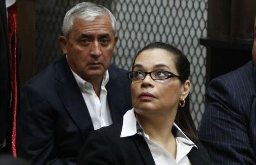 Otto Pérez y Roxana Baldetti regresan al Juzgado
