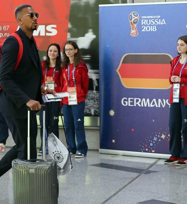 Boateng cree que la eliminación de Alemania es culpa de todos los jugadores más no de su entrenador, Joachim Löw. (Foto Prensa Libre: EFE)