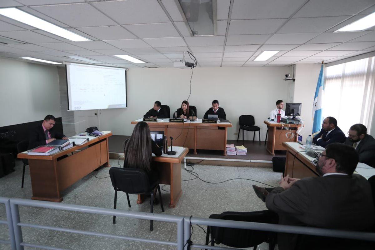 Tribunal Noveno de Sentencia escucha las conclusiones del Caso Colaboradores. (Foto Prensa Libre: Juan Diego González)
