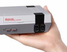 """LA """"NES Classic Edition"""" o Nintendo clásico apunta a ser el regalo más demandado en estas fiestas, según Forbes. (AFP)"""