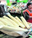 Inflorescencia de palma es un alimento en esta época del año. (Foto, Hemeroteca PL)