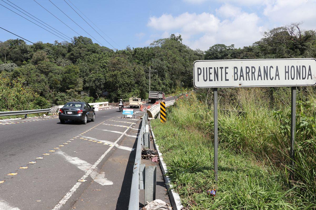 El puente Barranca Honda se ubica en el kilómetro 91 de la Ruta Nacional 14. (Foto Prensa Libre: Enrique Paredes)