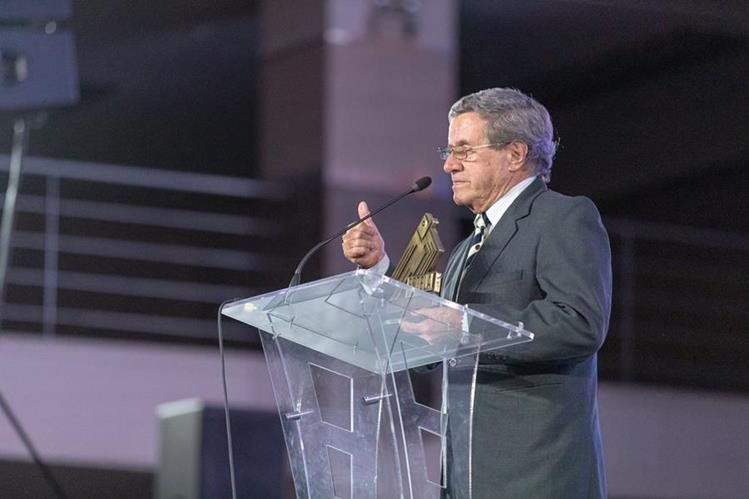 César de Guatemala durante la entrega de los Premios Estela, celebrados en noviembre. (Foto Prensa Libre: José Andrés Ochoa)