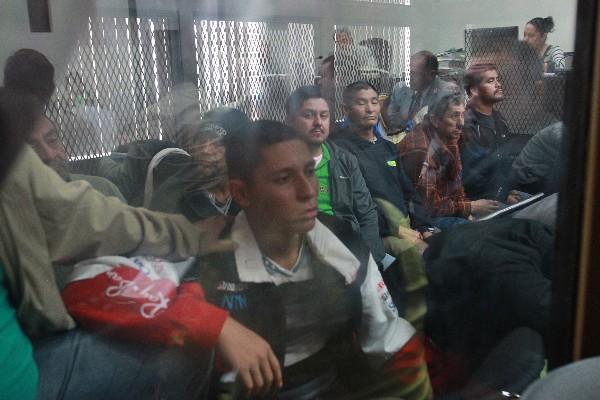Grupo de sindicados  escucha la resolución del Juzgado Primero B de Mayor Riesgo que los ligó a proceso penal y los envió a prisión preventiva.