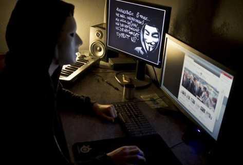 Los sitios web de varias dependencias también fueron atacadas por ciberpiratas del grupo Anonymous. (Foto: Hemeroteca PL)