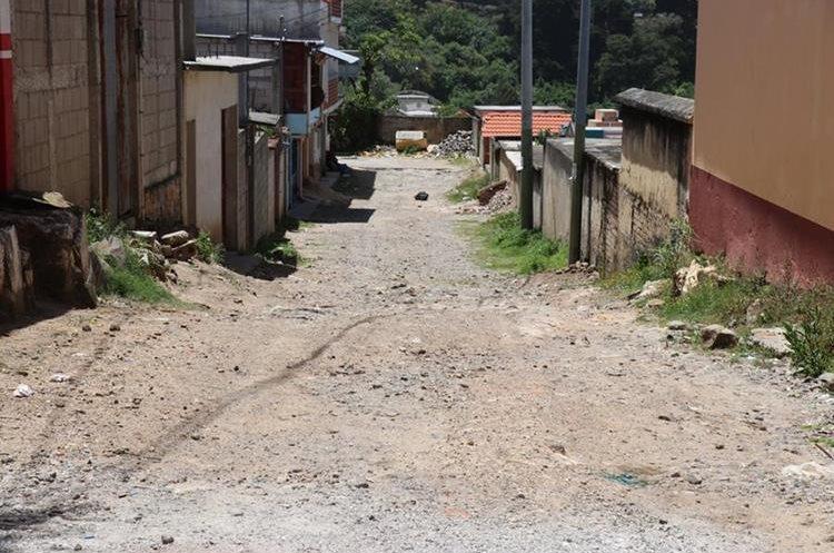Camino vecinal en malas condiciones en Sololá. (Foto Prensa Libre: Hemeroteca PL)
