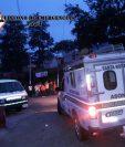 Al menos cuatro personas resultaron intoxicadas en Casillas, Santa Rosa, en un enfrentamiento con agentes dela PNC. (Foto Prensa Libre: CBMD)