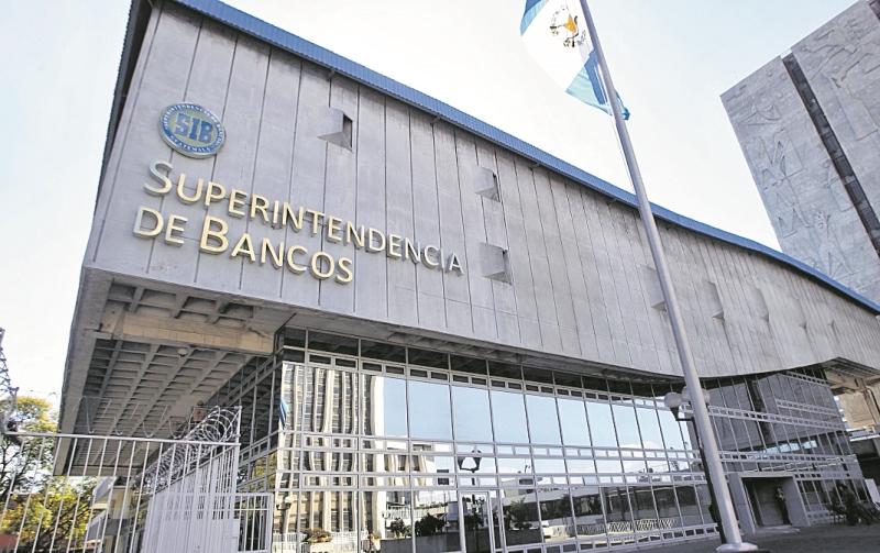 Edificio de la Superintendencia de Bancos ubicado en la zona 1 capitalina. (Foto Prensa Libre: Hemeroteca PL).
