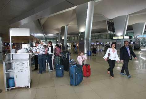 Los pasajeros que salgan o entren vía aérea de Guatemala deberán pagar US$15.