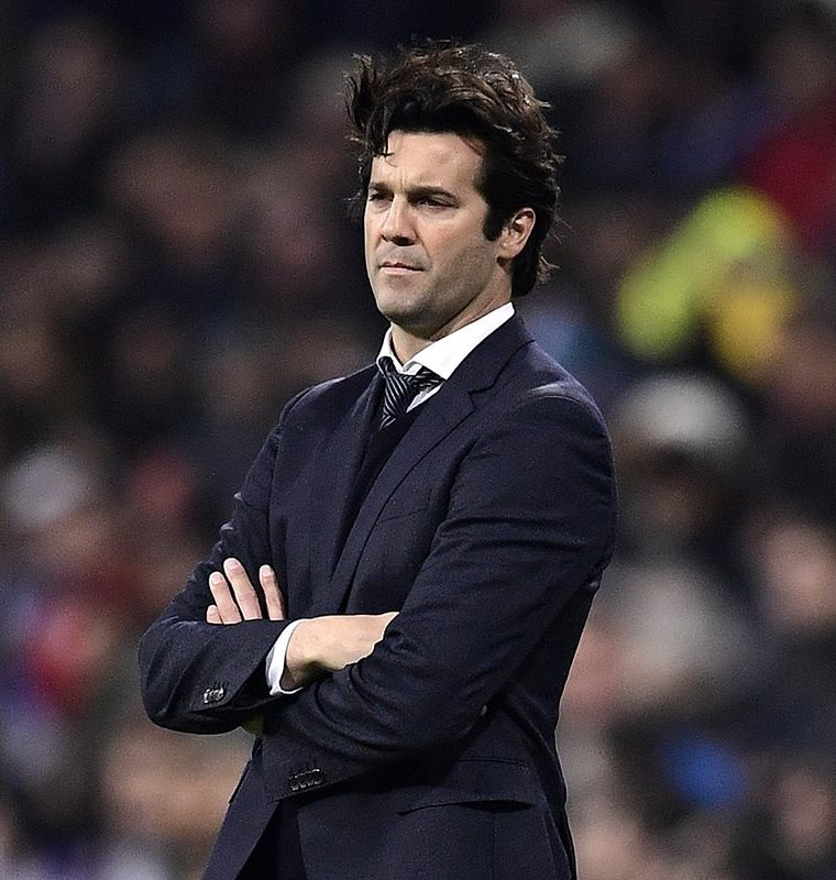Real Madrid's Argentinian coach Santiago Solari looks on during the UEFA Champions League group G football match between Real Madrid CF and CSKA Moscow at the Santiago Bernabeu stadium in Madrid on December 12, 2018. (Photo by JAVIER SORIANO / AFP)