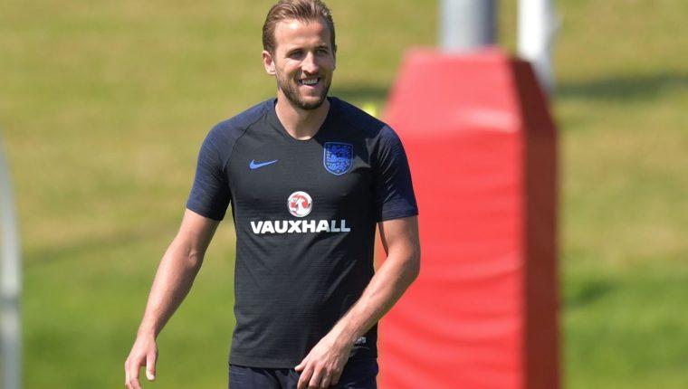 Harry Kane en el primer entrenamiento de la Selección de Inglaterra en St George's Park. (Foto Prensa Libre: AFP)