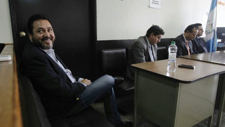 El Tribunal Quinto sentenció a 13 años y cuatro meses al exdiputado Gudy Rivera. (Foto Prensa Libre: Paulo Raquec)